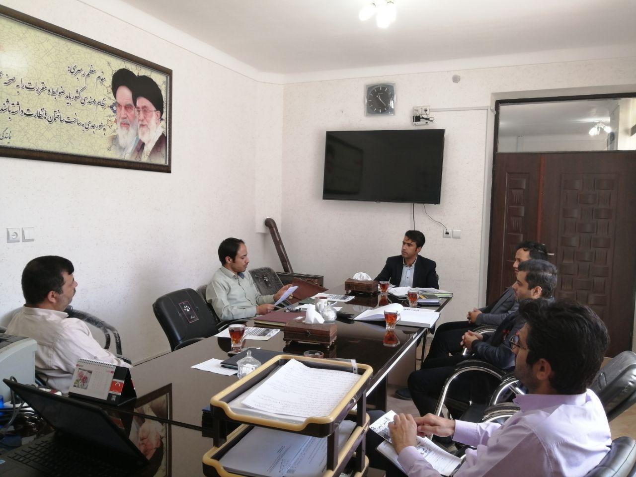 جلسه با مدیر عامل محترم شرکت هوشمندسازان